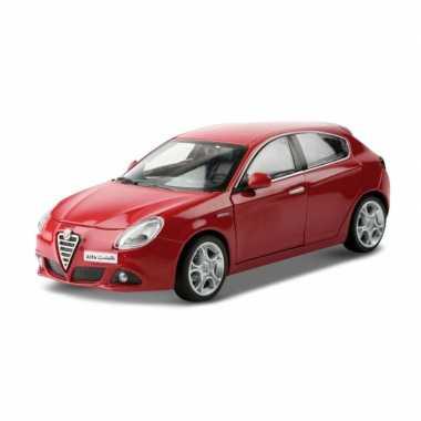 Modelauto alfa romeo giulietta rood schaal 1:24/18 x 7 x 6 cm