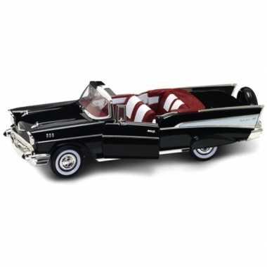 Modelauto chevrolet bel air 1:18