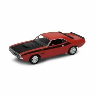 Modelauto dodge challenger 1970 rood 1 34