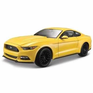 Modelauto ford 2015 mustang gt geel 16 x 7 x 7 cm