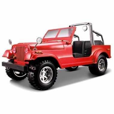 Modelauto jeep wrangler cabrio 1:24