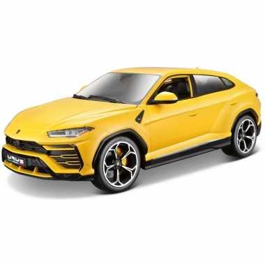 Modelauto lamborghini urus geel 1:18
