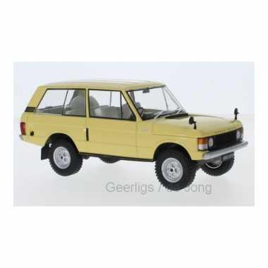 Modelauto land rover range rover 1972 lichtgeel schaal 1:24/18 x 7 x 7 cm