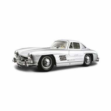Modelauto mercedes-benz 300sl 1954 zilver schaal 1:24/19 x 7 x 5 cm