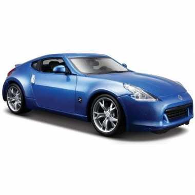 Modelauto nissan 370z blauw 1:24