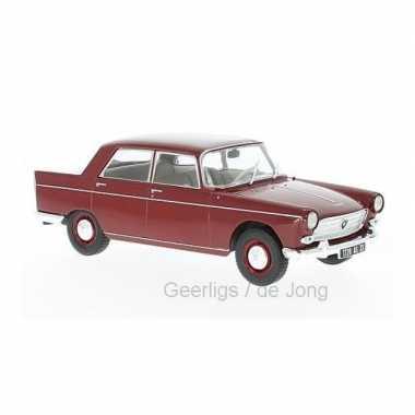 Modelauto peugeot 404 1960 donkerrood schaal 1:24/18 x 7 x 6 cm