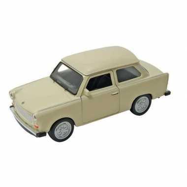 Modelauto trabant 601 beige 11 cm