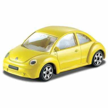 Modelauto volkswagen new beetle 1:43