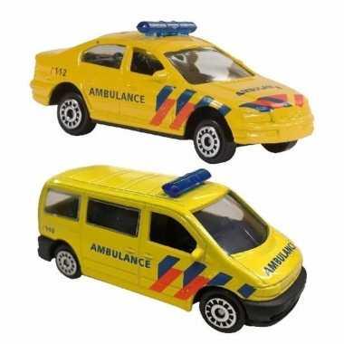 Nederlandse ambulance speelgoed modelauto set 2 dlg