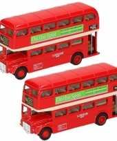 2x stuks modelauto london bussen rood 12 cm